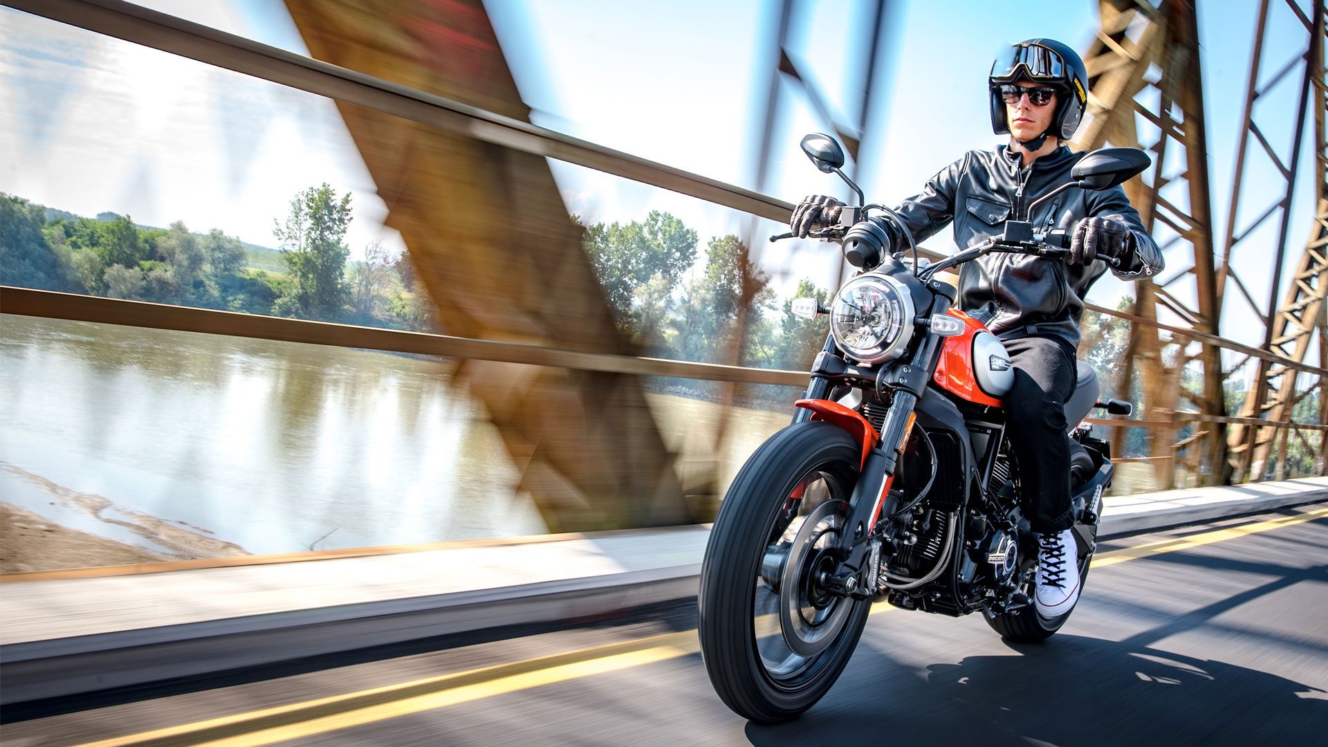 Ducati Scrambler Icon 800 Orange Tour