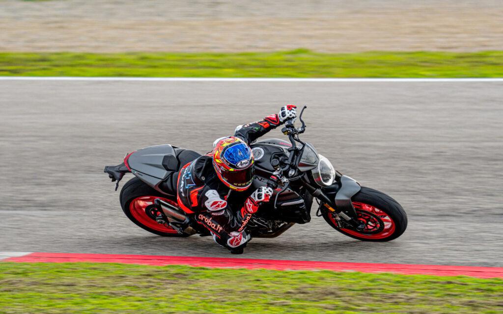 Sportliches Naked Bike. Die neue Ducati Monster 2021